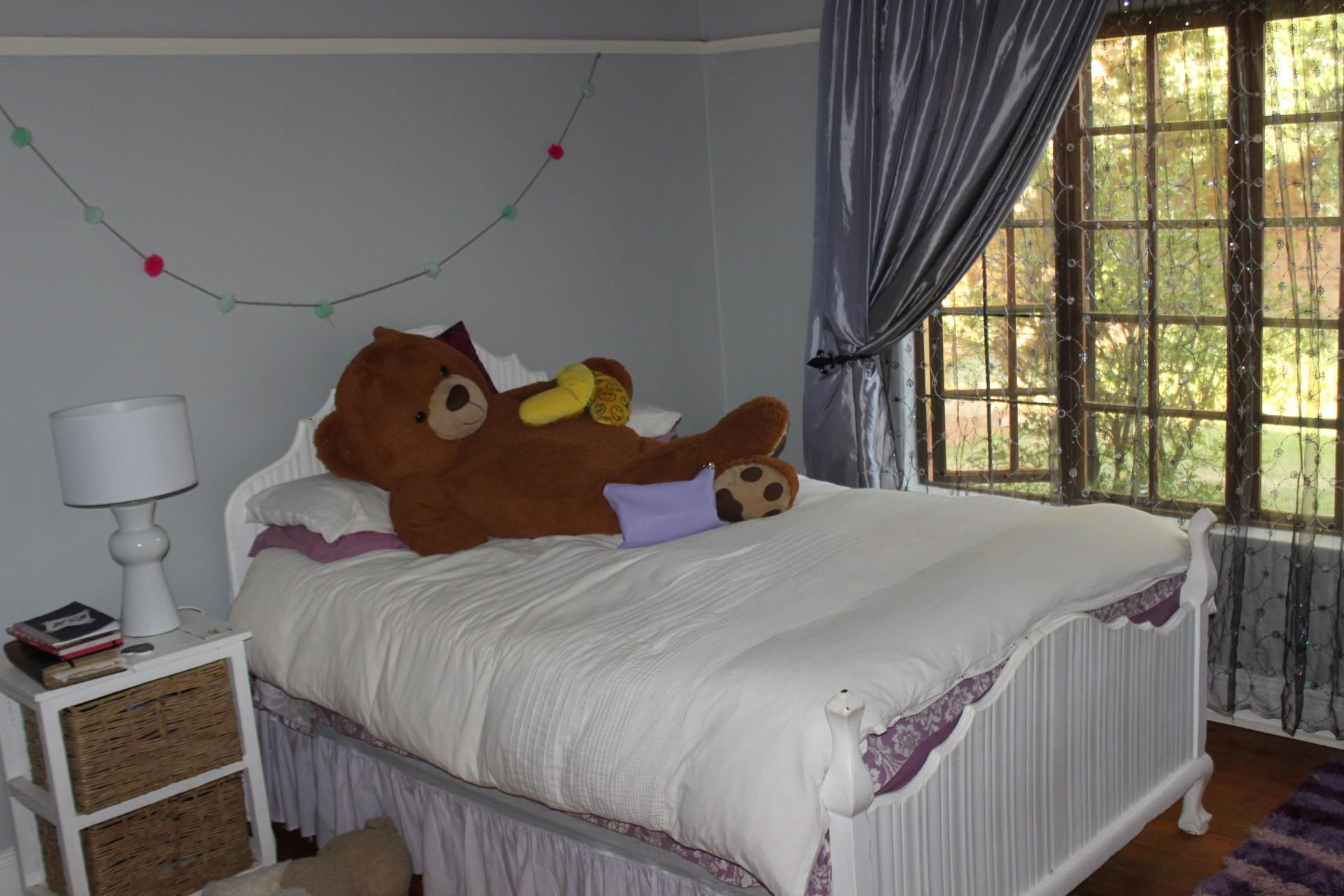 3 Bedroom House For Sale in Viljoenskroon