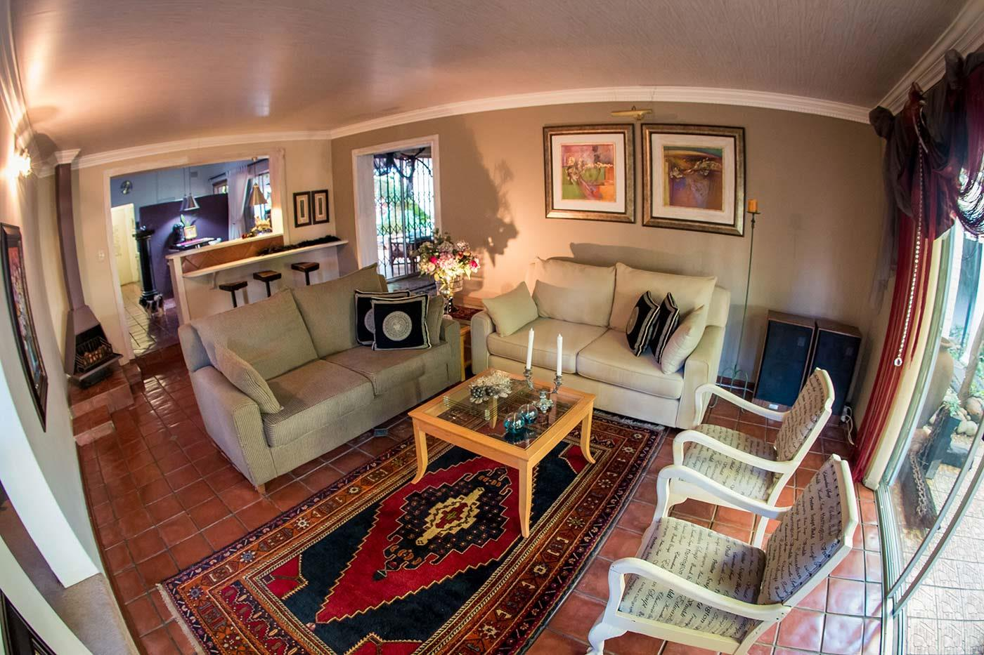 8 Bedroom House For Sale in Jan Kempdorp