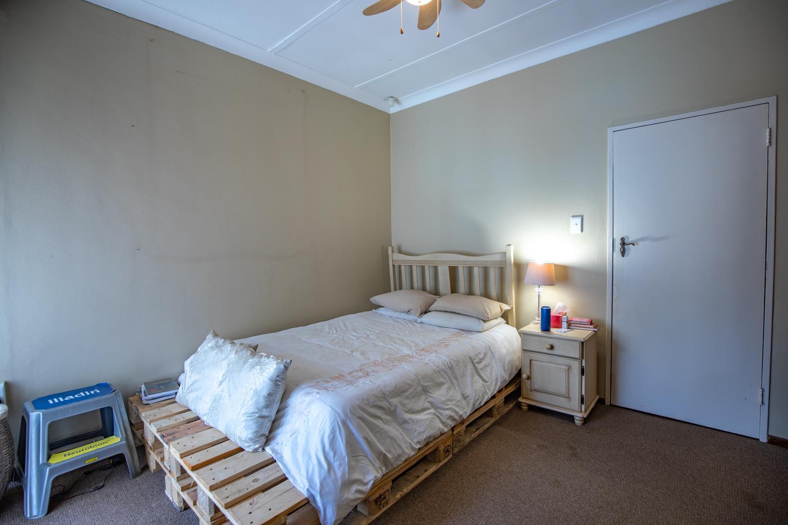 7 Bedroom House For Sale in Lynnwood