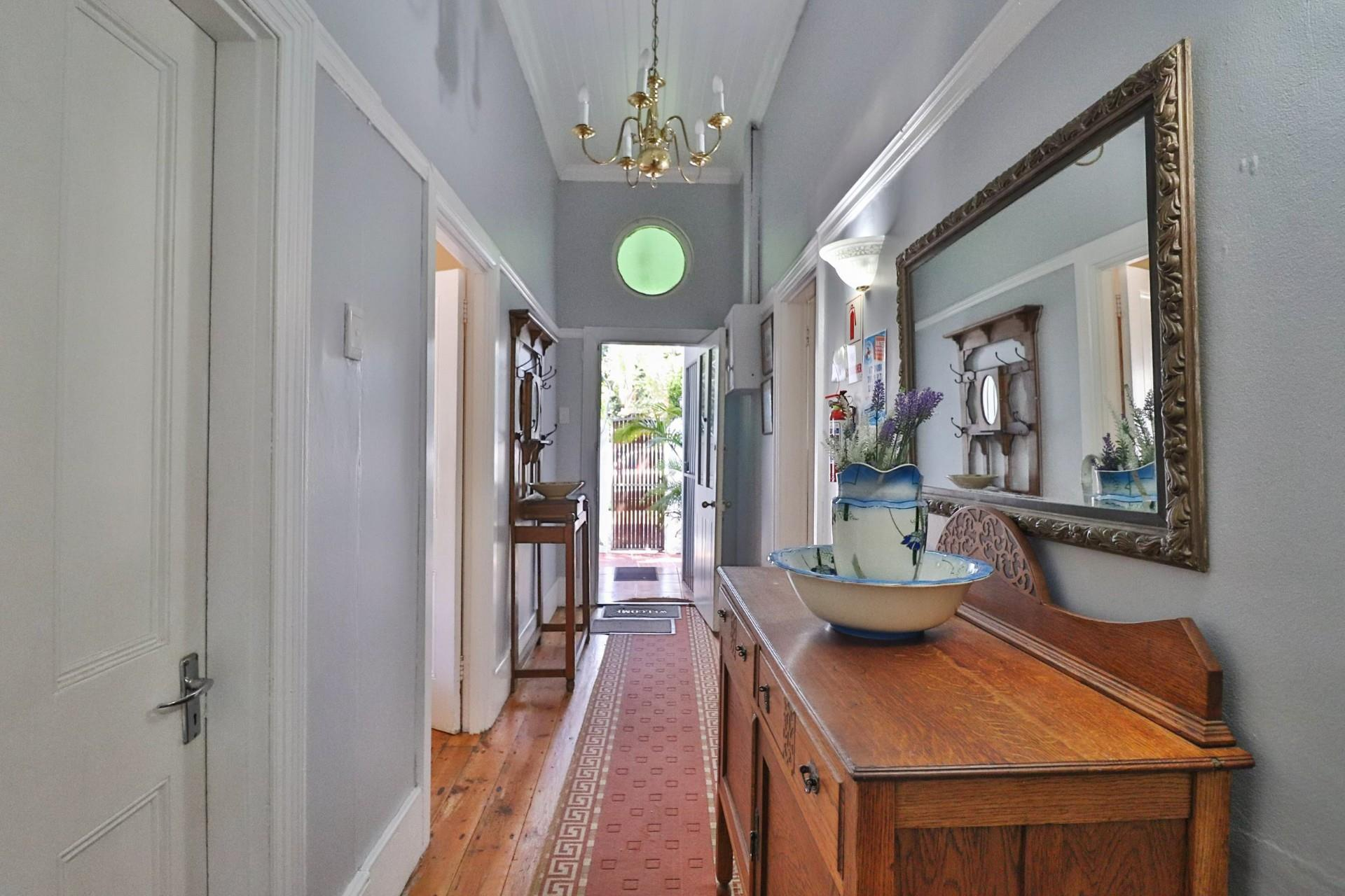 7 Bedroom House For Sale in Walmer