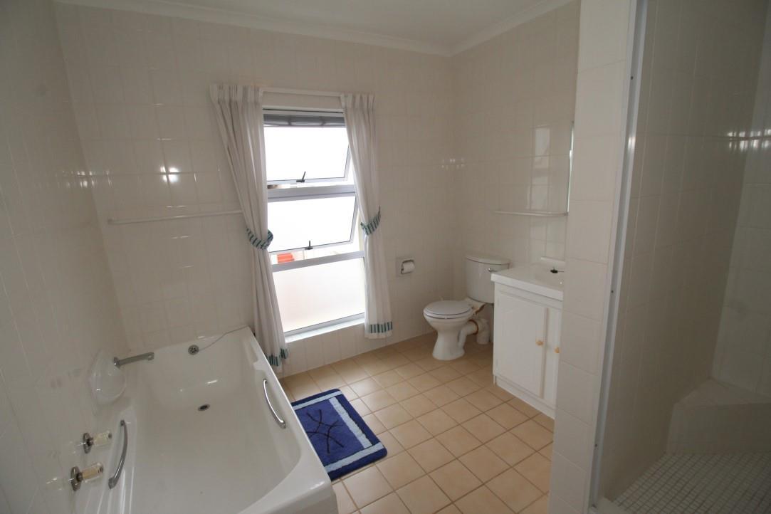 3 Bedroom Apartment / Flat For Sale in Seaside Longships