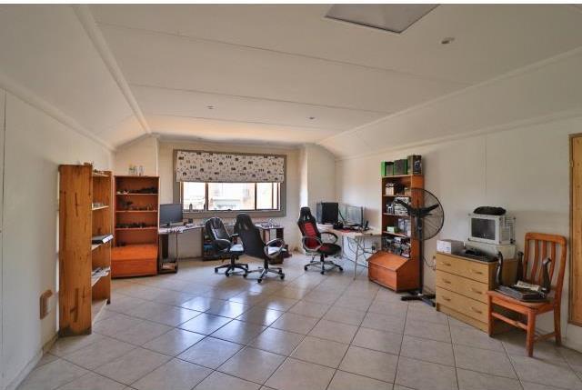 3 Bedroom House For Sale in Verresig Country Estate