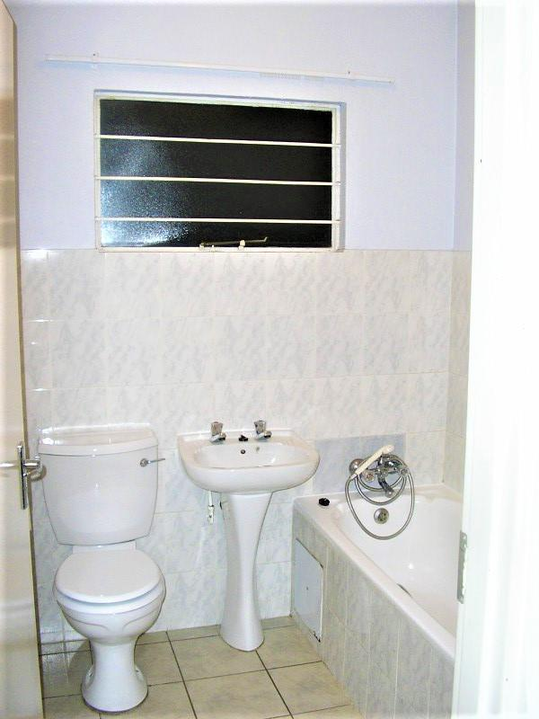 2 Bedroom Apartment / Flat To Rent in Linmeyer