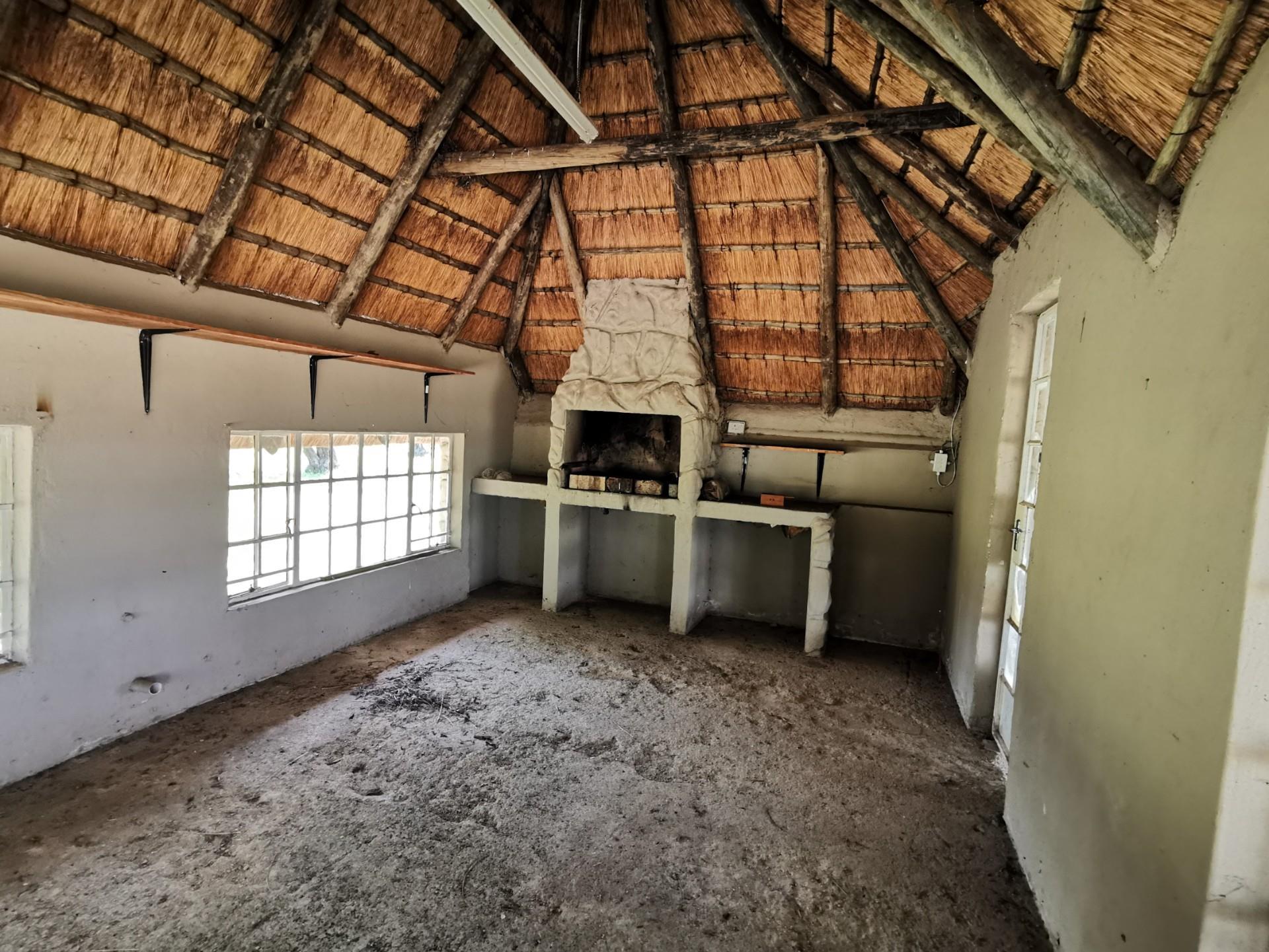 4 Bedroom House For Sale in Vaaldam SH