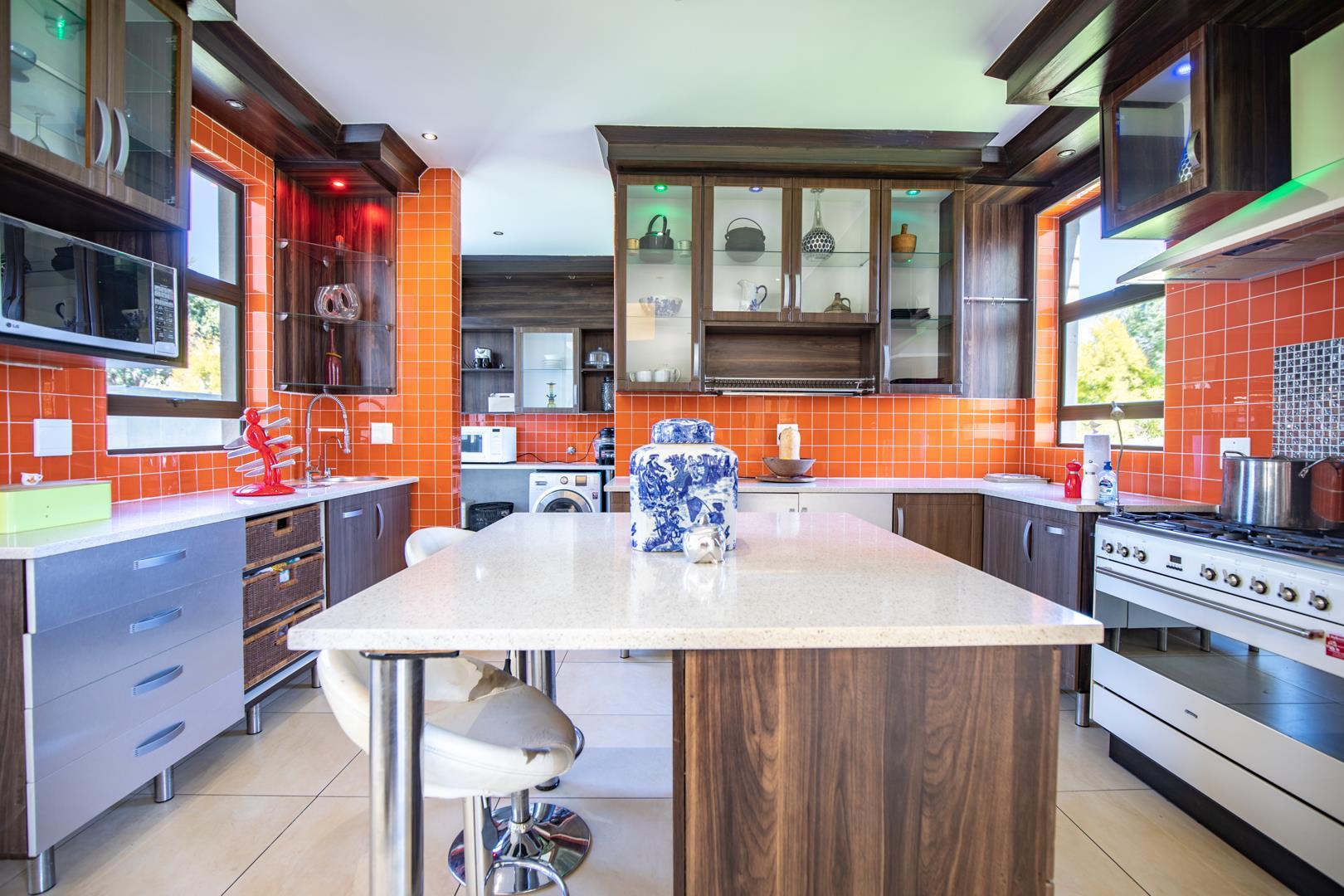 5 Bedroom House For Sale in Verresig Country Estate