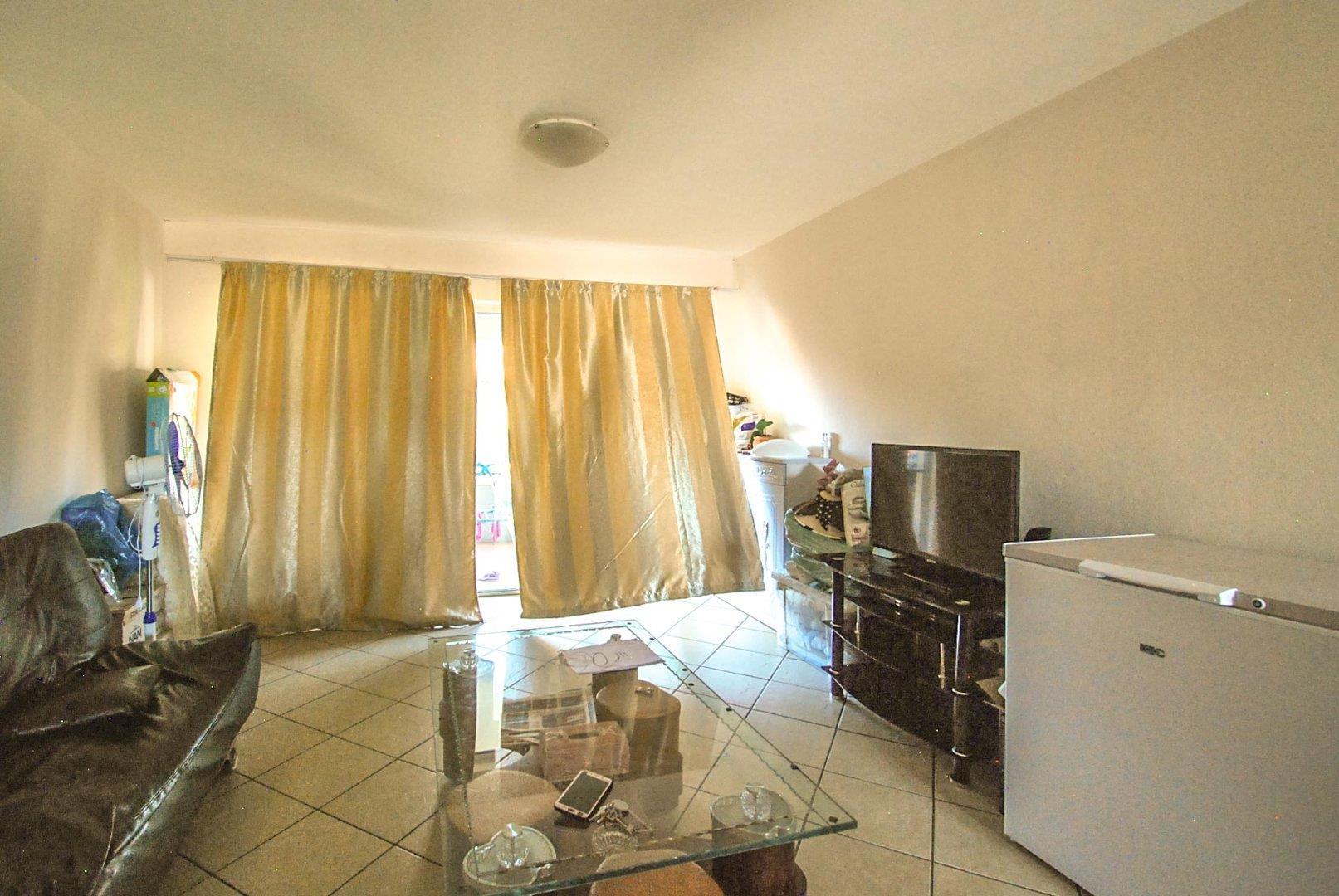 3 Bedroom Apartment / Flat For Sale in Florida Glen