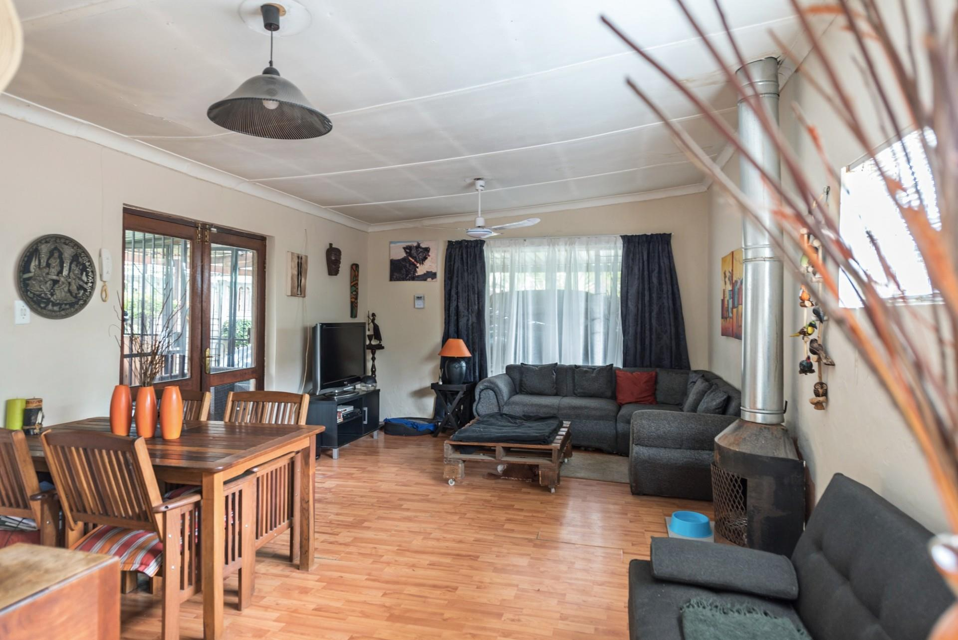 4 Bedroom House For Sale in Edenvale Central