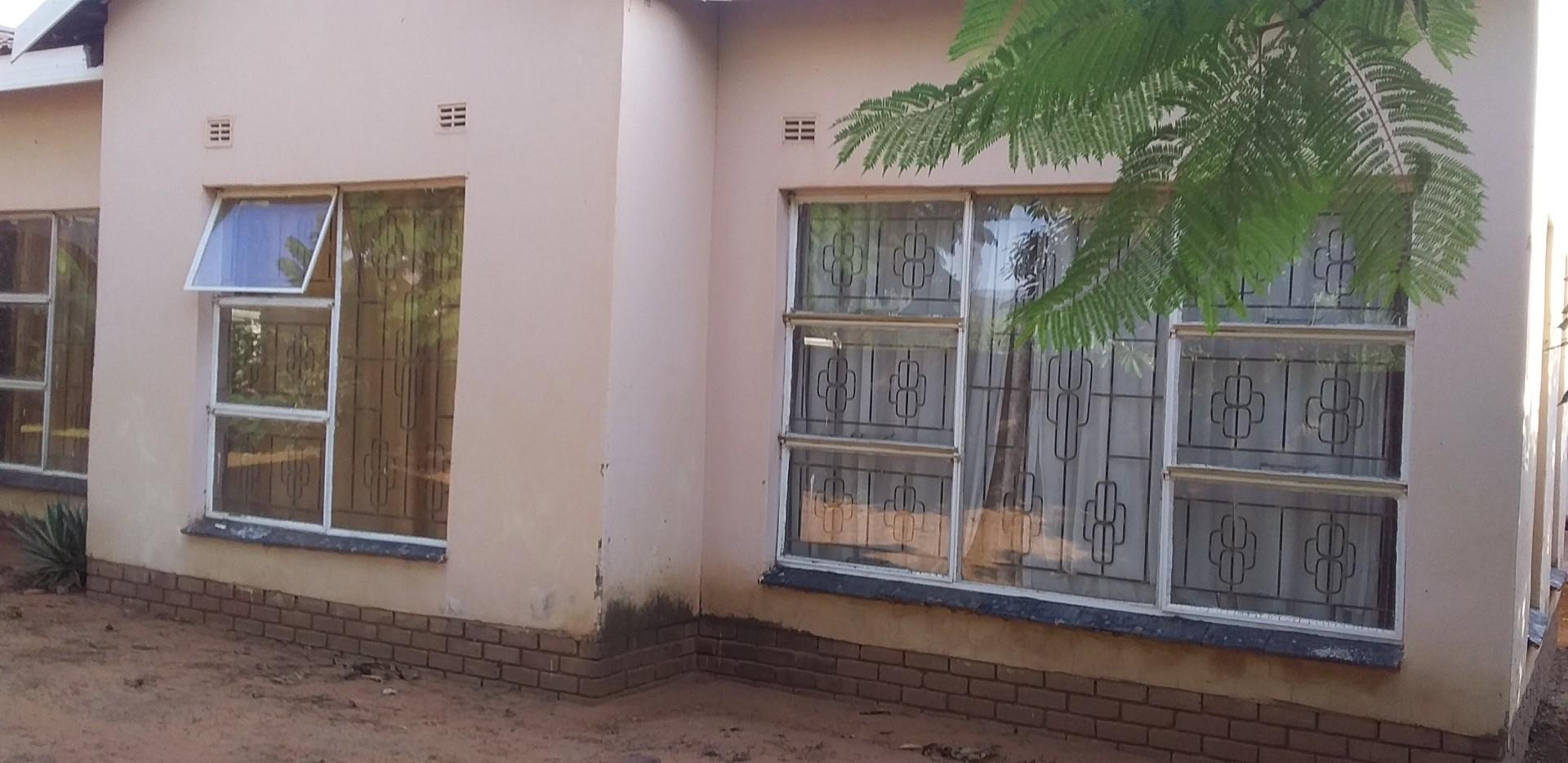 3 Bedroom House For Sale in Dzanani