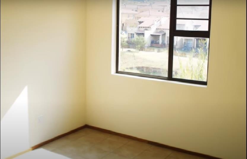 2 Bedroom Townhouse For Sale in Noordhang