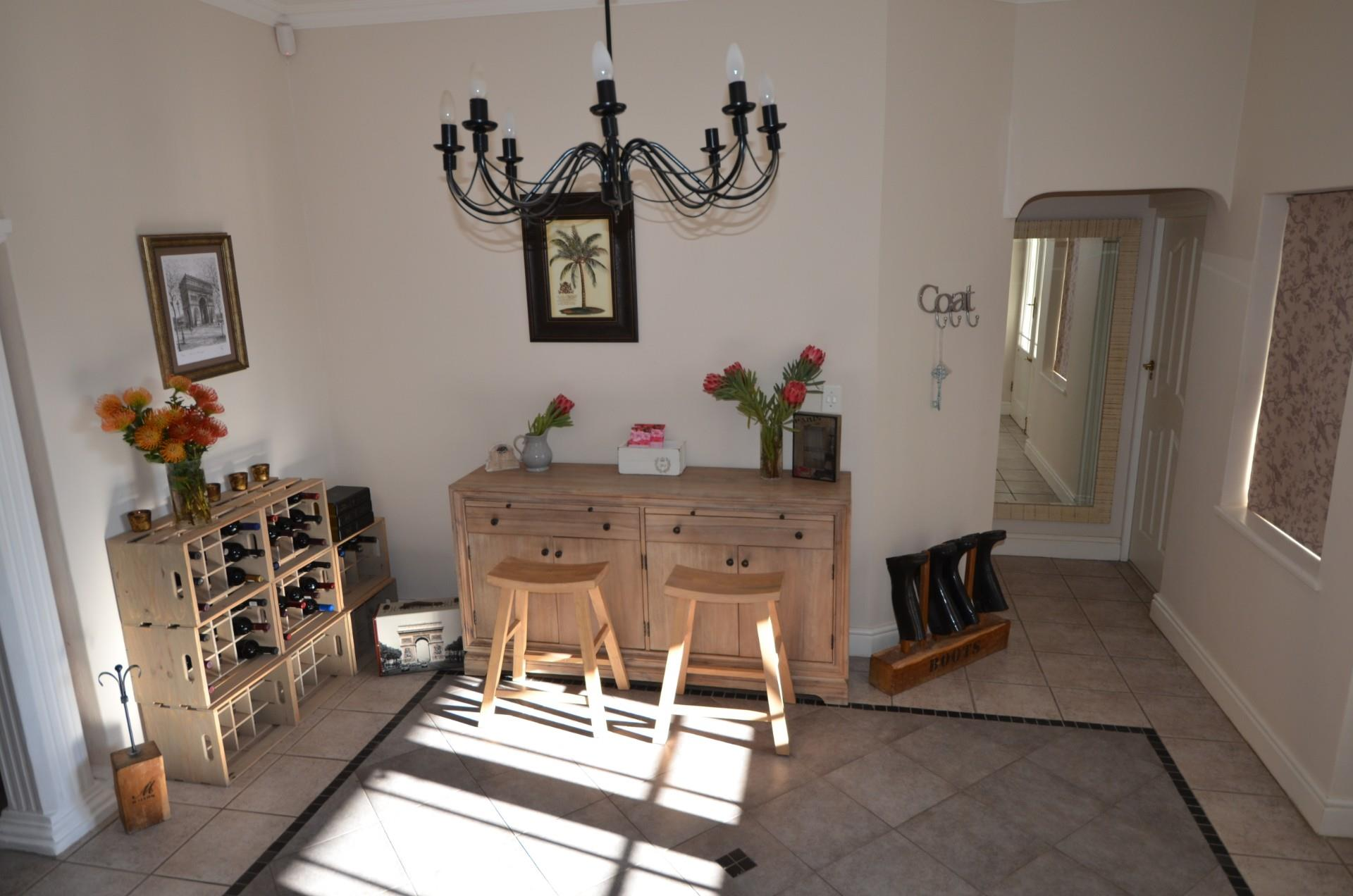 6 Bedroom House For Sale in Franschhoek