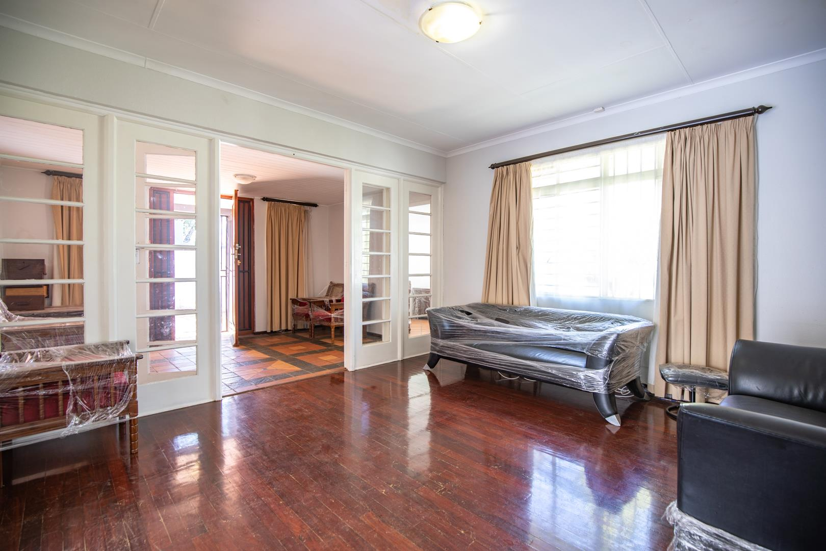 4 Bedroom House For Sale in Brooklyn