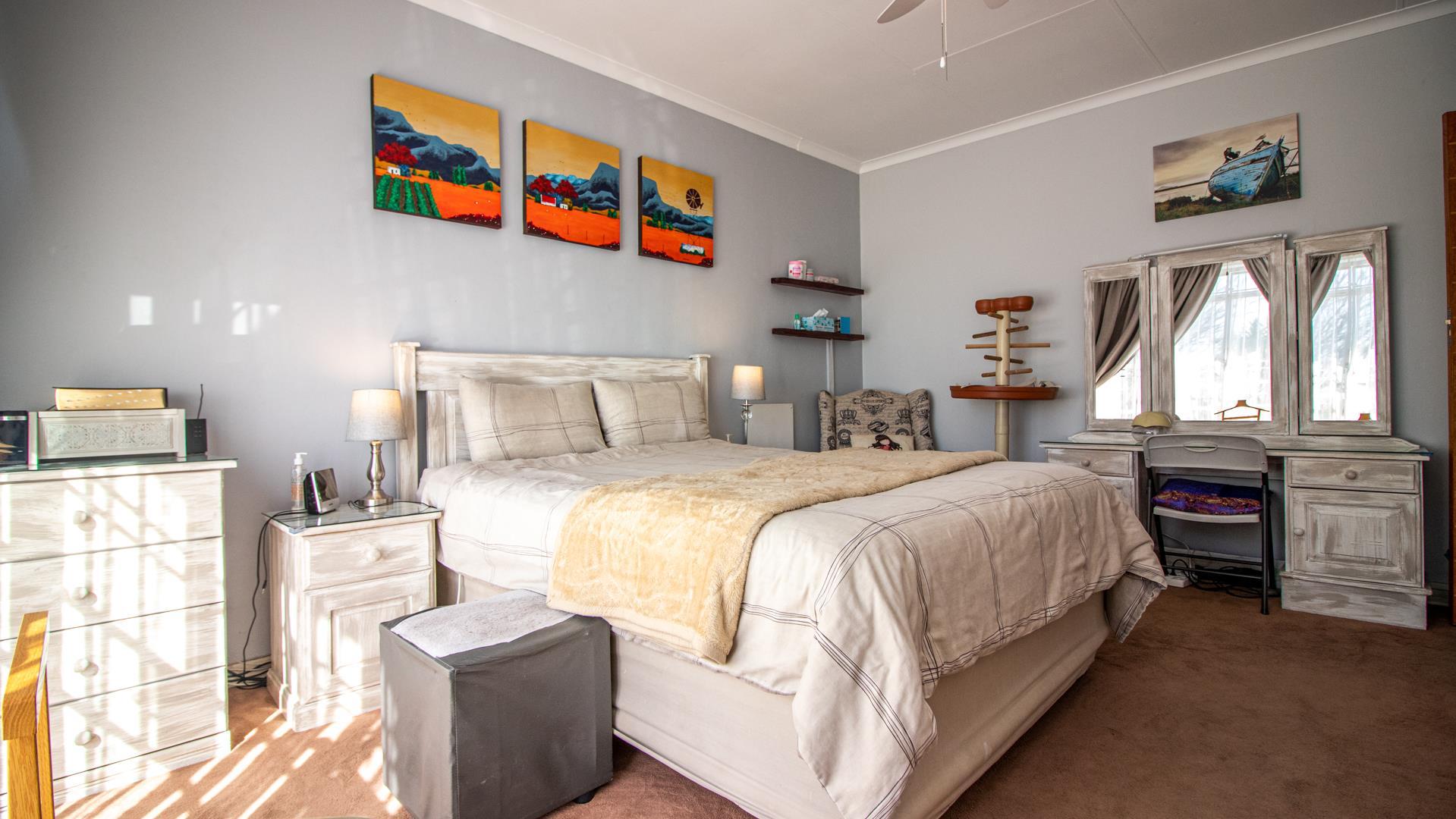 3 Bedroom Townhouse For Sale in Randpark Ridge