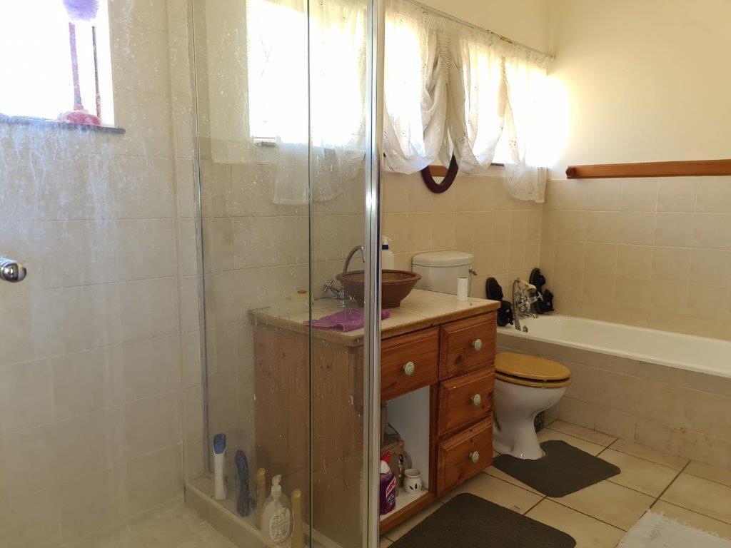3 Bedroom House For Sale in Blackridge