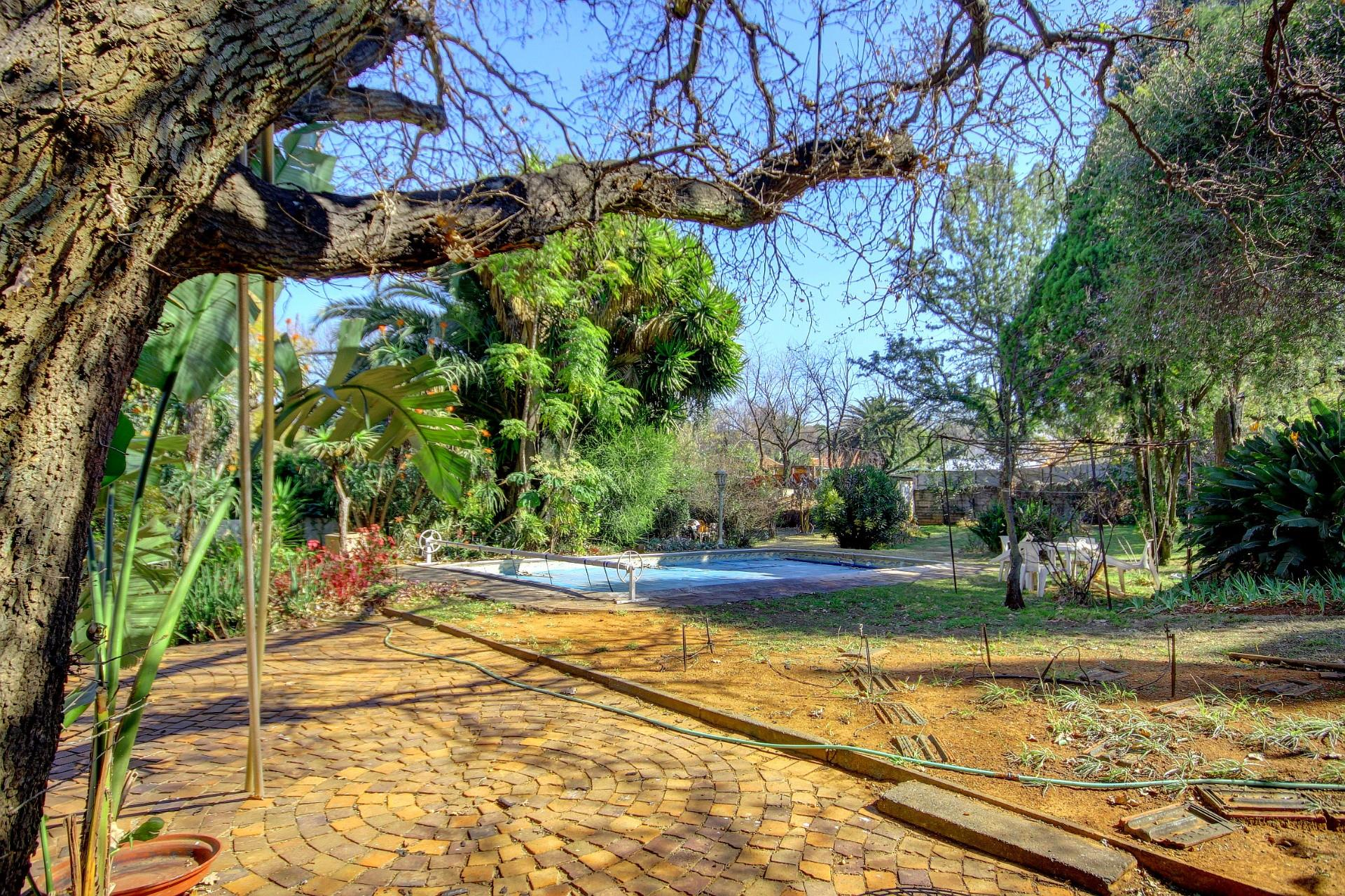 Vacant Land / Plot in Linden For Sale