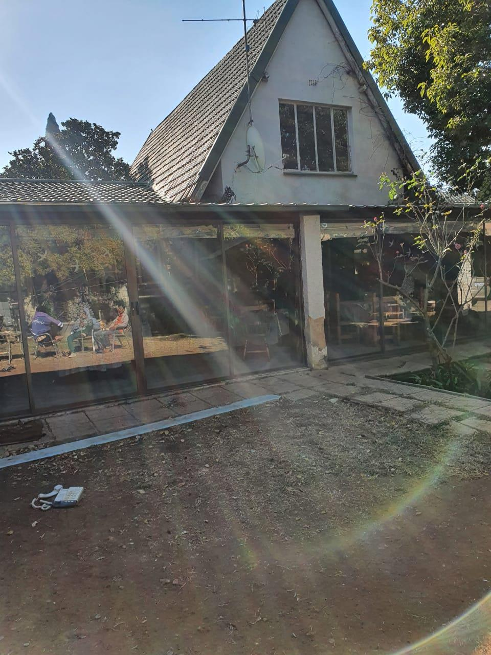 7 Bedroom House For Sale in Pomona