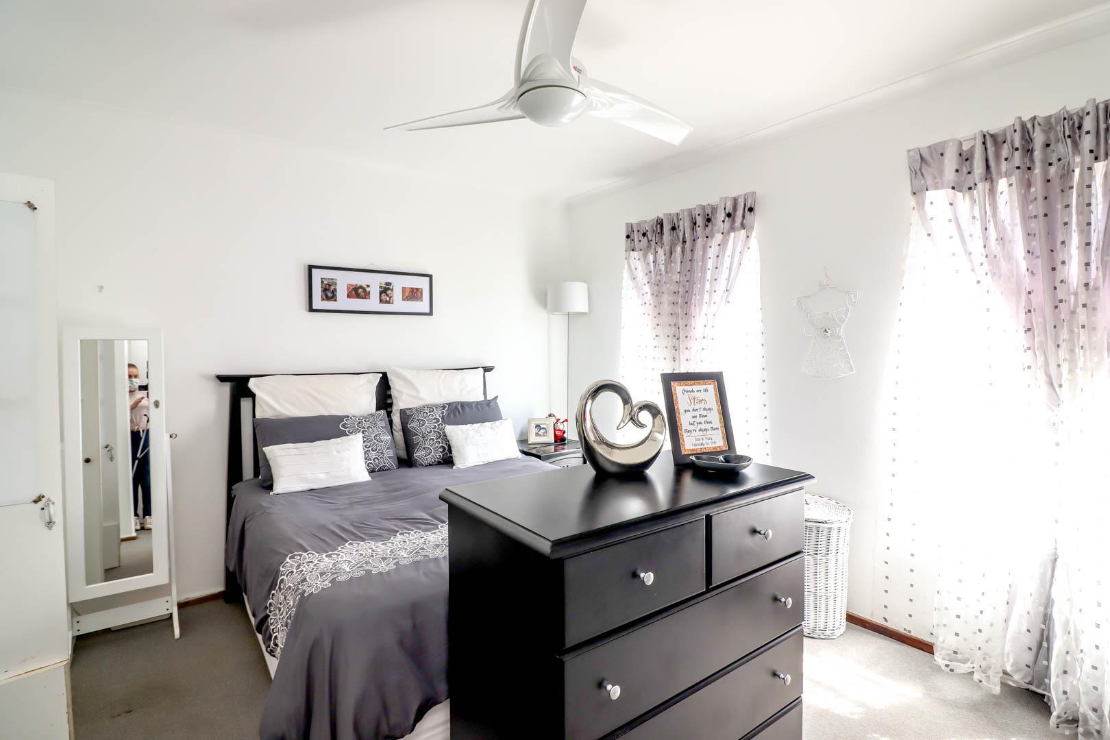 2 Bedroom Townhouse For Sale in Radiokop