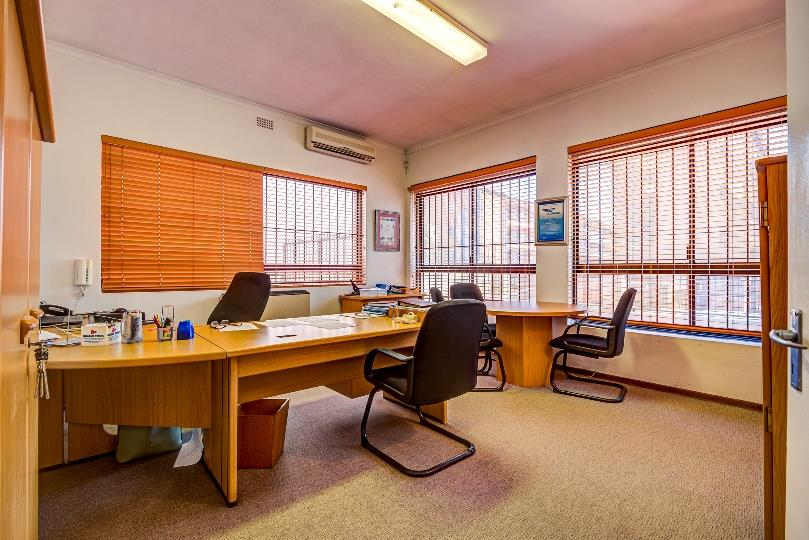 Commercial Property in Kempton Park Central For Sale