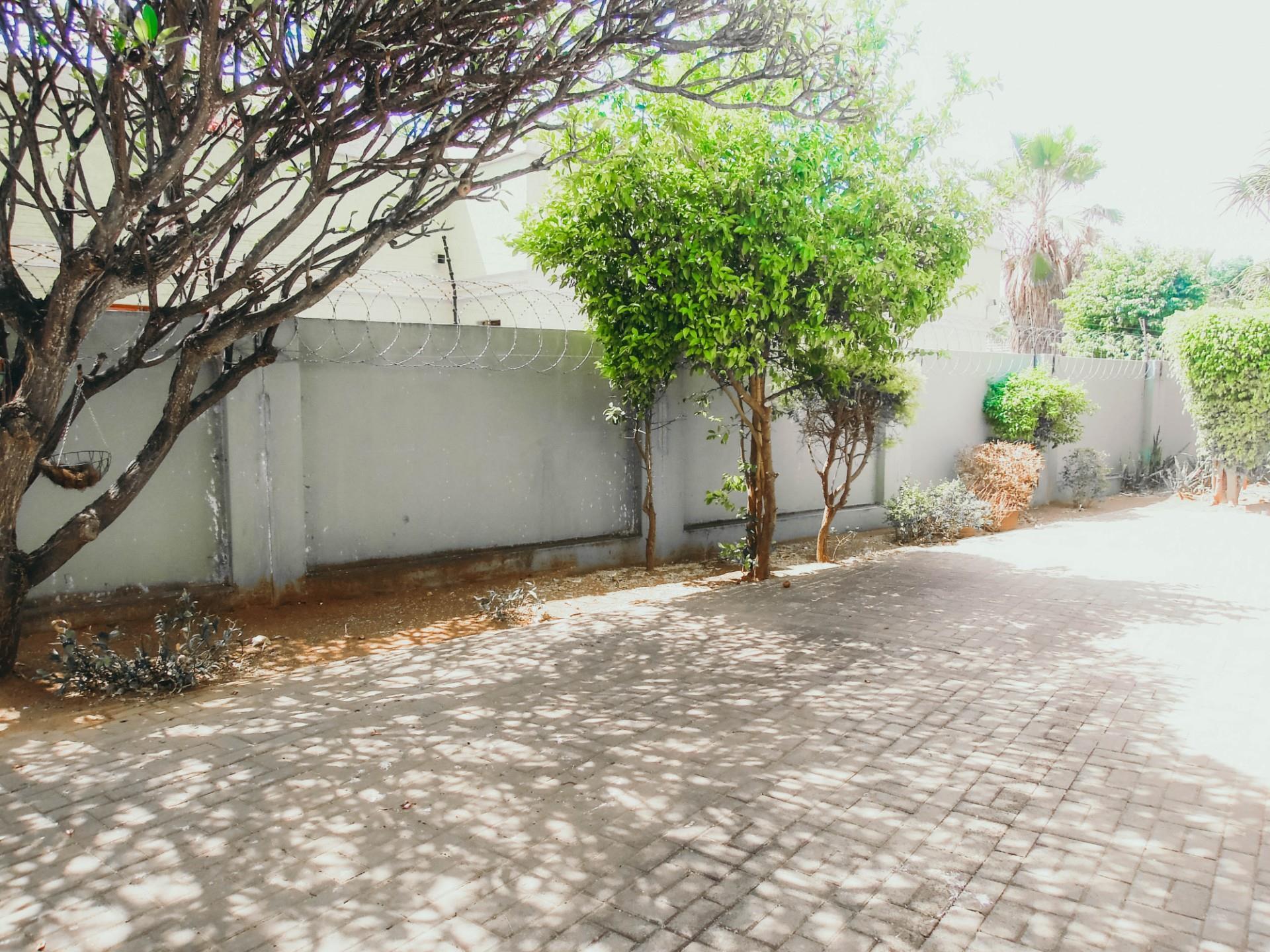 4 Bedroom House To Rent in Phakalane