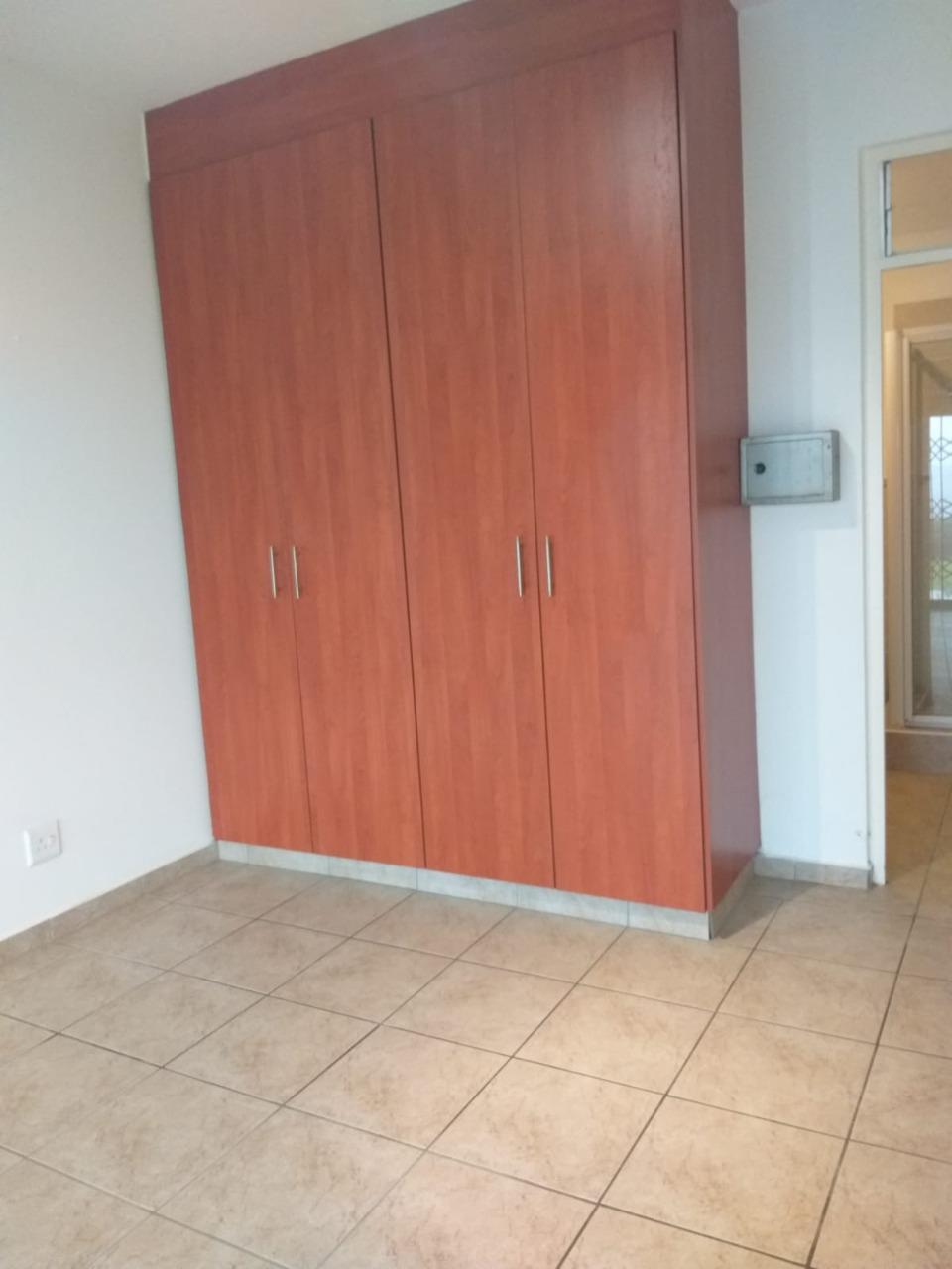 2 Bedroom Apartment / Flat For Sale in Desainagar