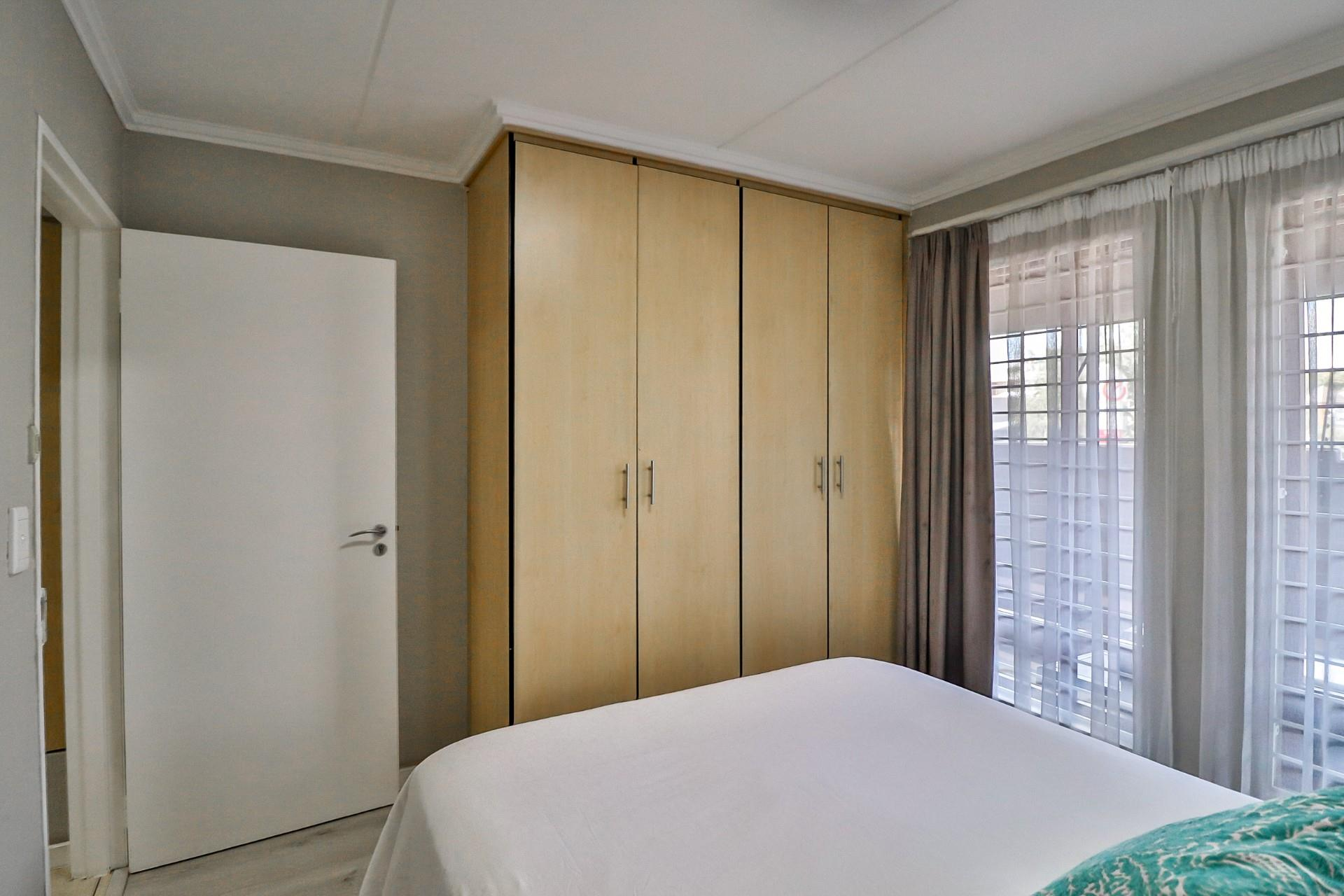 2 Bedroom Apartment / Flat For Sale in Linden