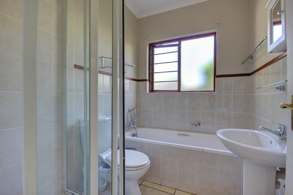 3 Bedroom House For Sale in Craigavon