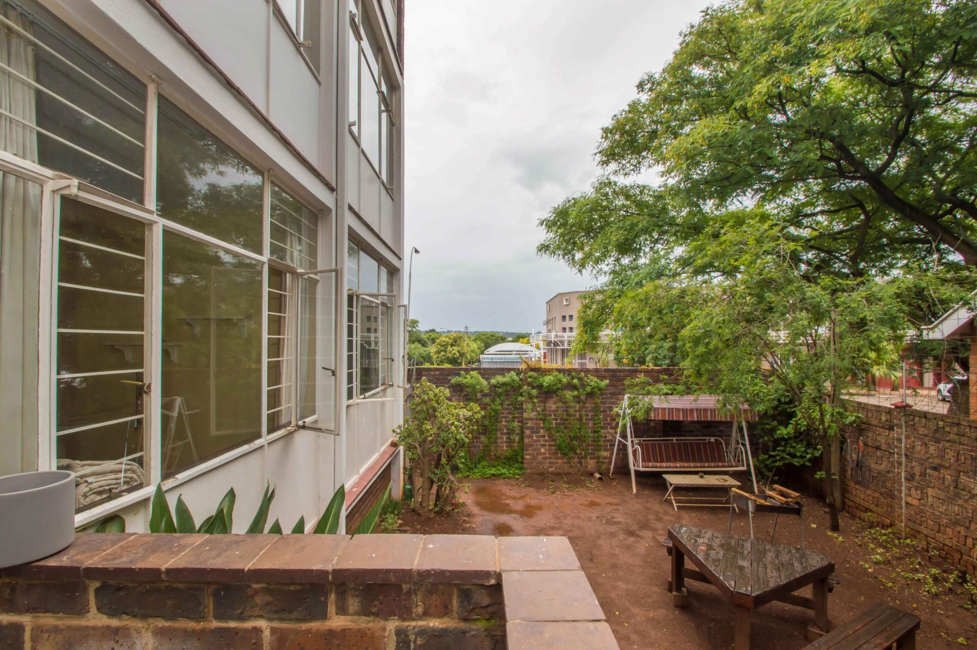 2 Bedroom Apartment / Flat For Sale in Northcliff