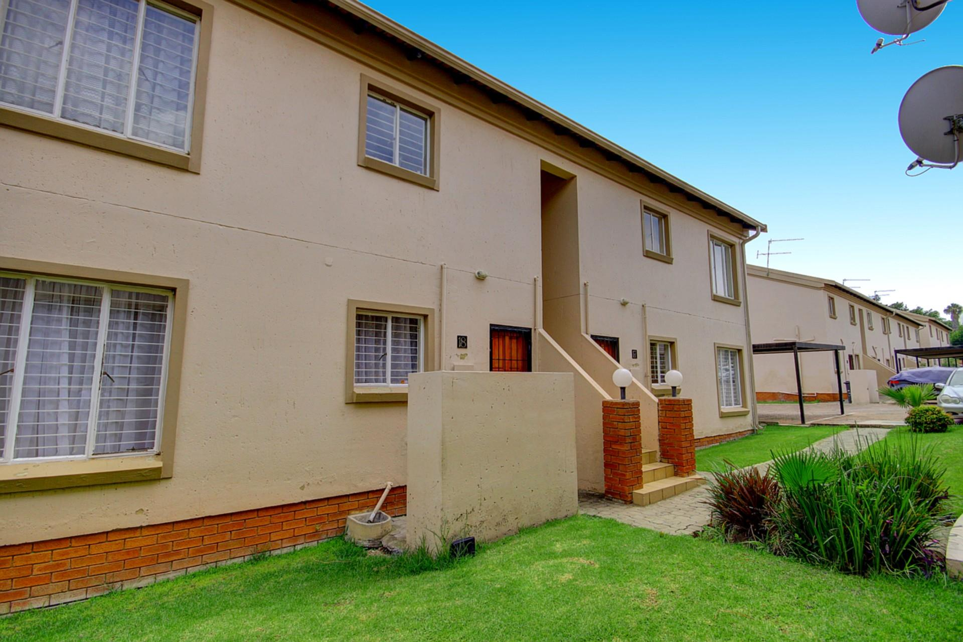 2 Bedroom Apartment / Flat For Sale in Ferndale