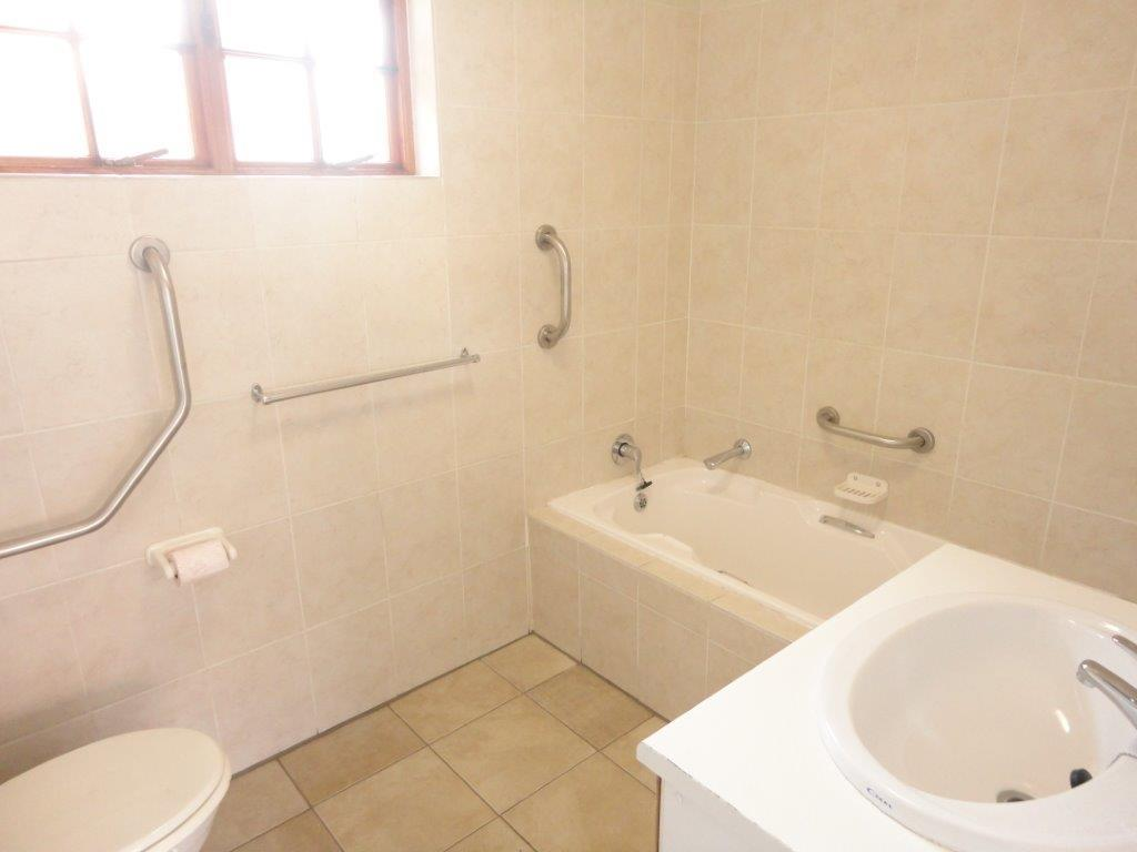 3 Bedroom Townhouse For Sale in North Riding