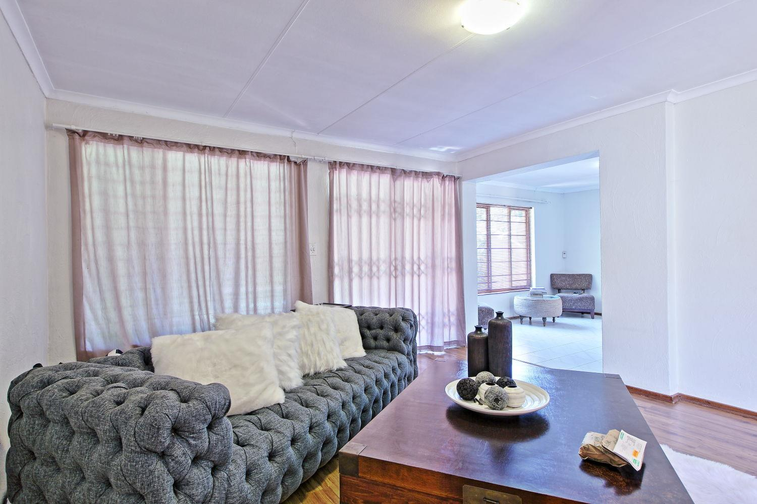 4 Bedroom Townhouse For Sale in Fourways