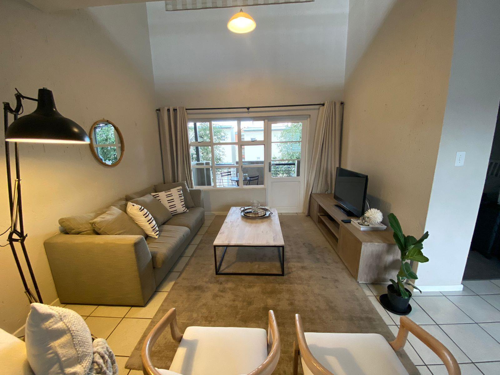 2 Bedroom Apartment / Flat To Rent in Fourways