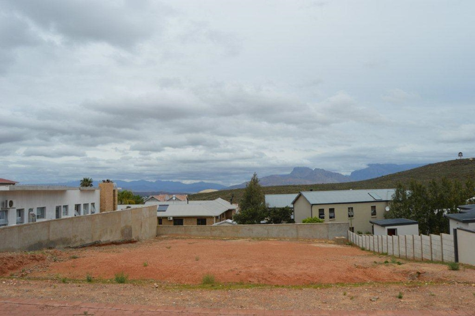 Vacant Land / Plot in Fairway Heights For Sale