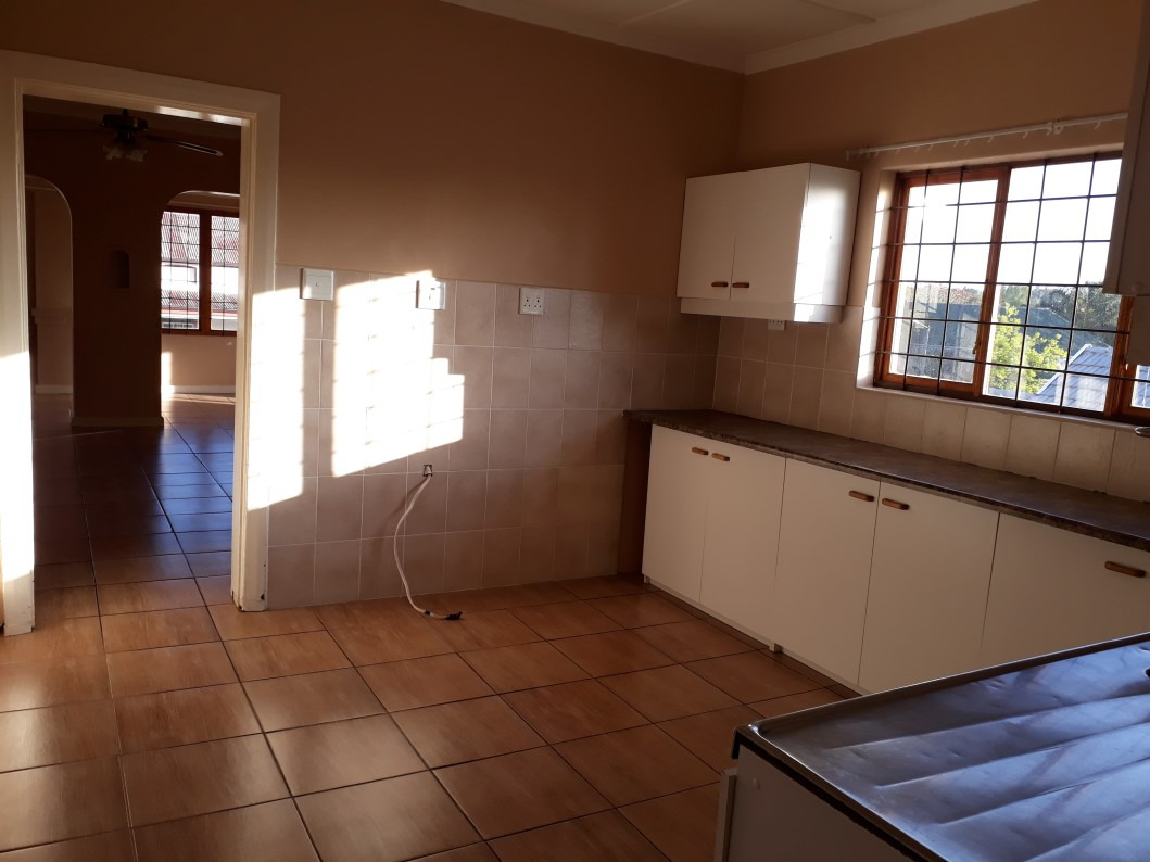 4 Bedroom House To Rent in Wellington Central