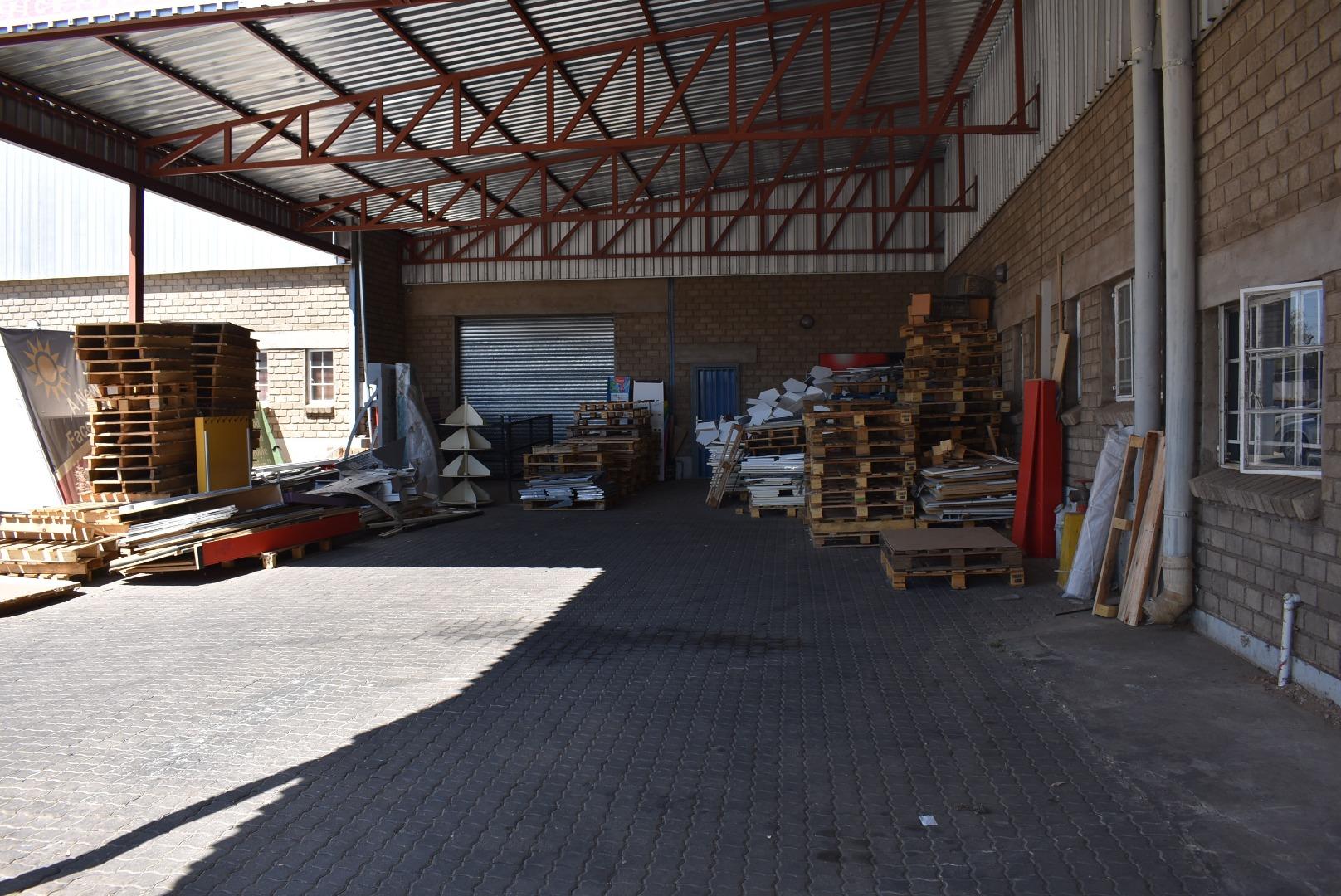 Commercial Property in Prosperita For Sale