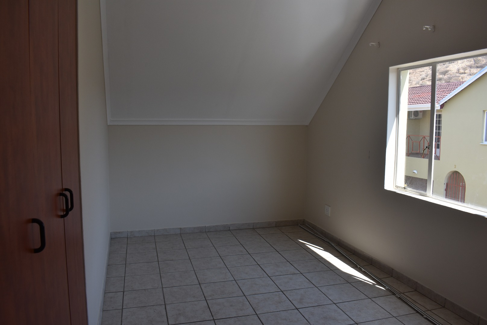 3 Bedroom Townhouse For Sale in Avis