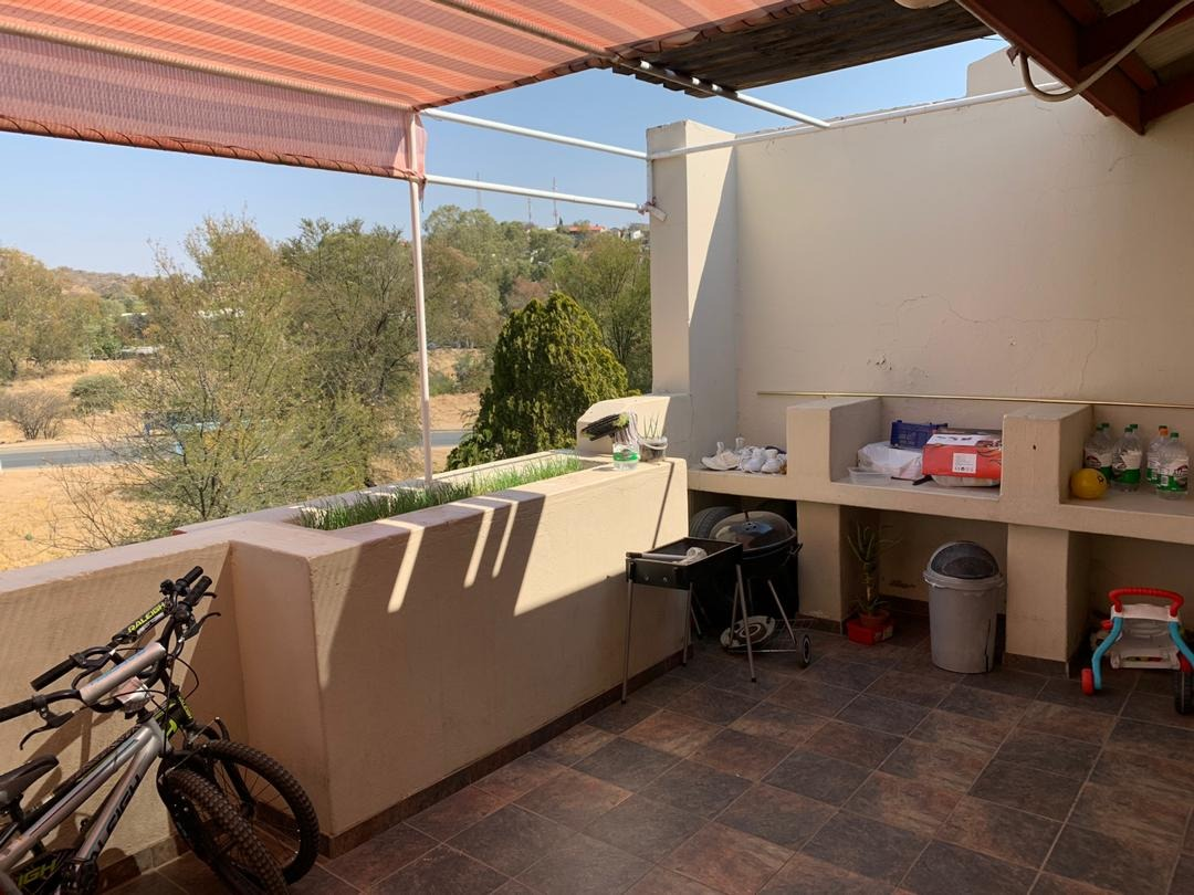 3 Bedroom Apartment / Flat For Sale in Eros
