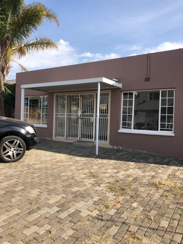 Commercial Property in Edenvale Central For Sale