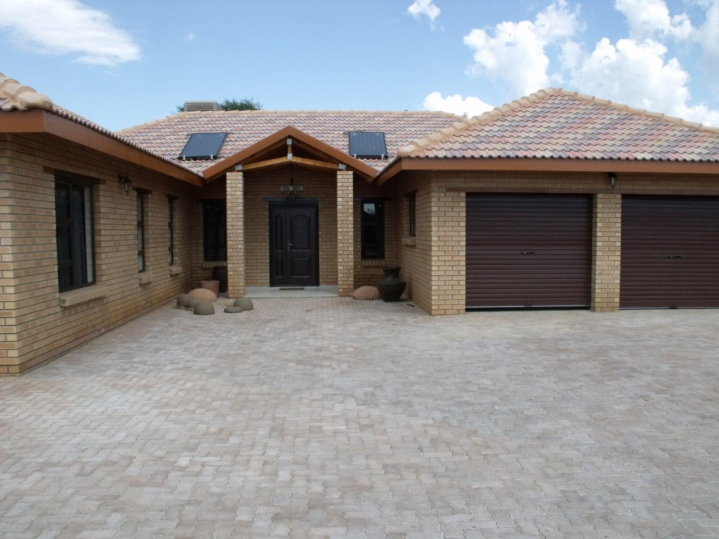 5 Bedroom House For Sale in Lephalale