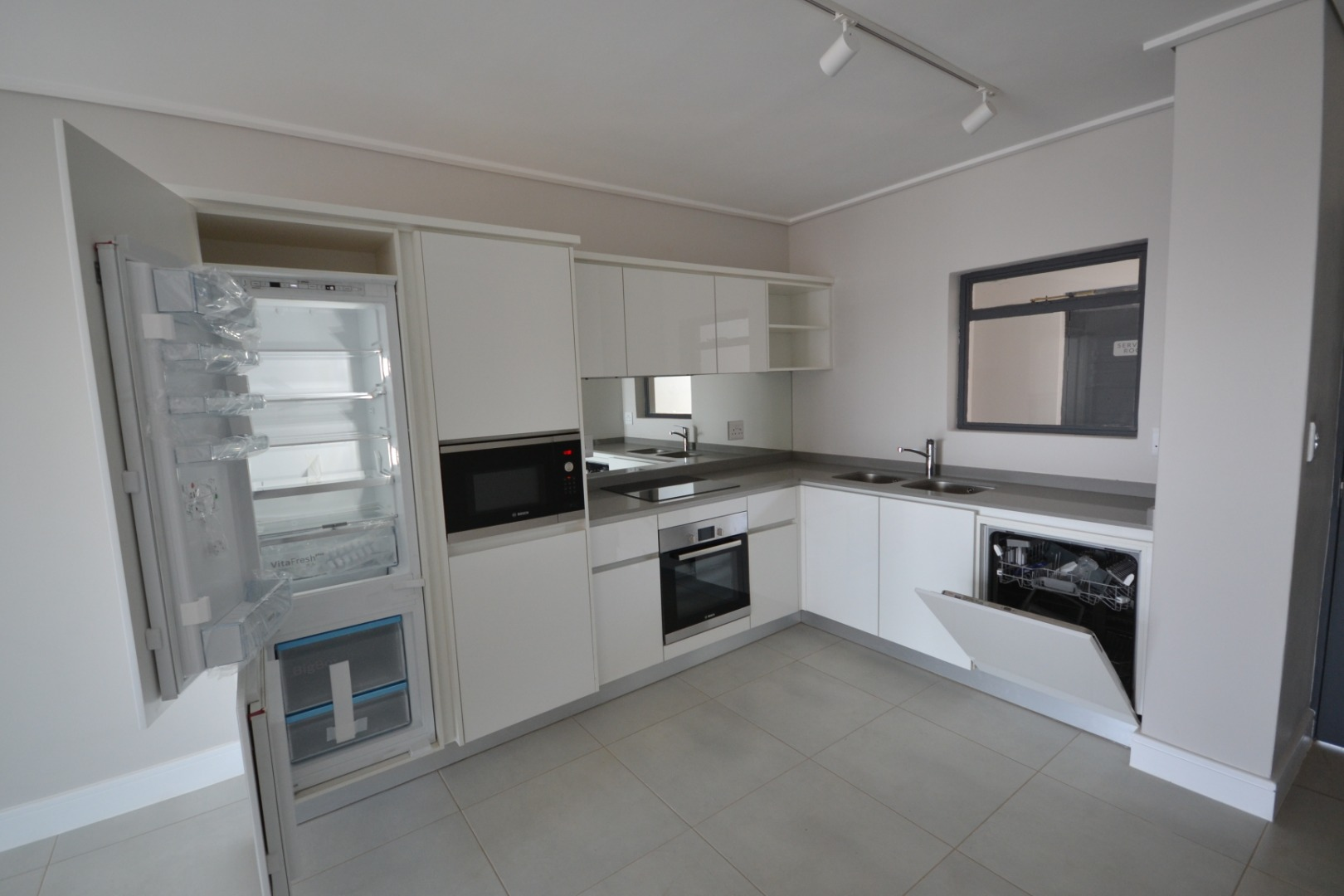 2 Bedroom Apartment / Flat To Rent in Eikenhof