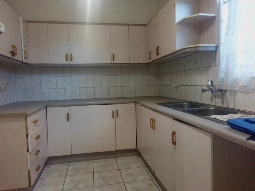 4 Bedroom Townhouse For Sale in Suiderhof