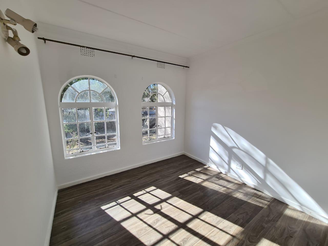 4 Bedroom House To Rent in Glenanda