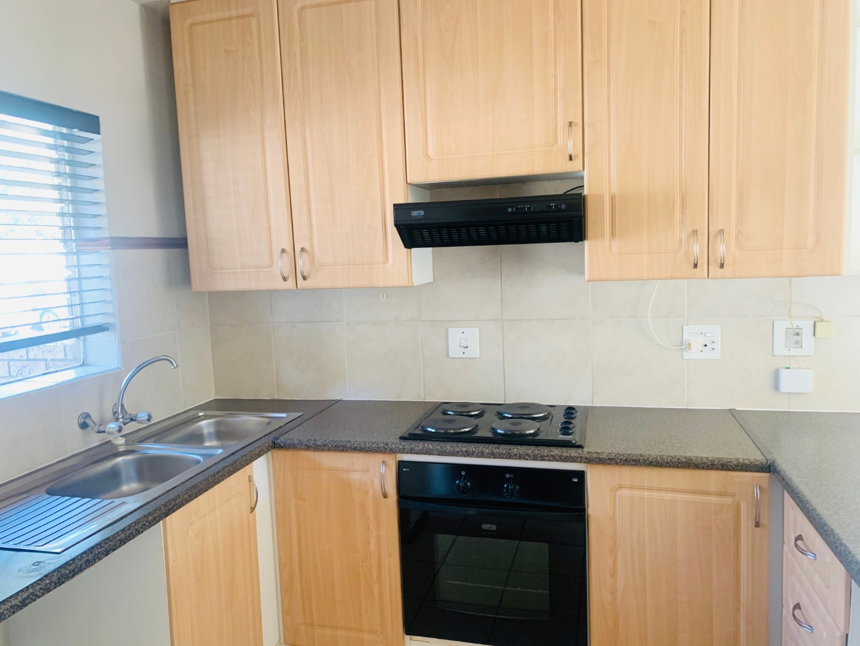 2 Bedroom Apartment / Flat To Rent in Moreleta Park