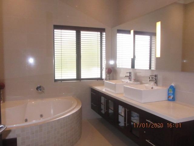 4 Bedroom House To Rent in Belvidere Estate