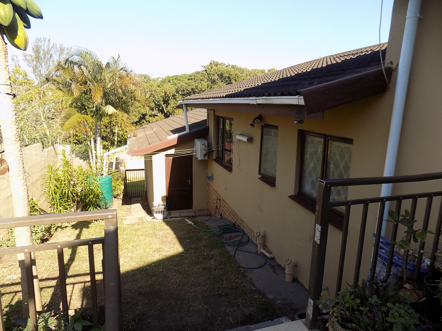 4 Bedroom Townhouse For Sale in Uvongo