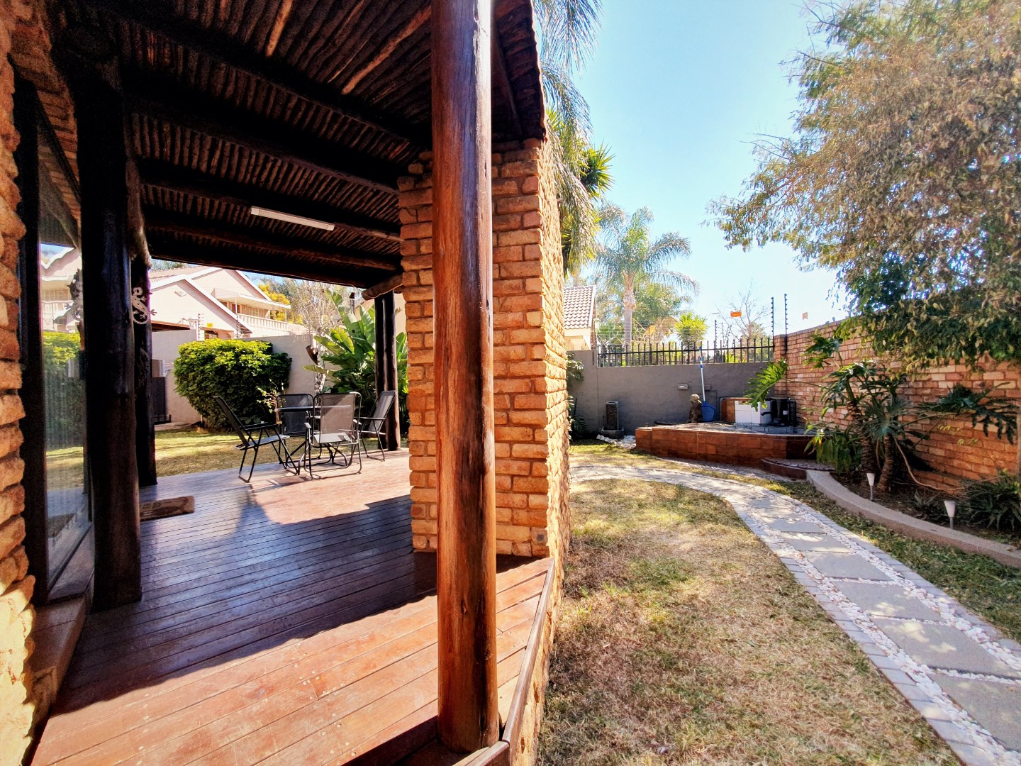 3 Bedroom House For Sale in Moreleta Park