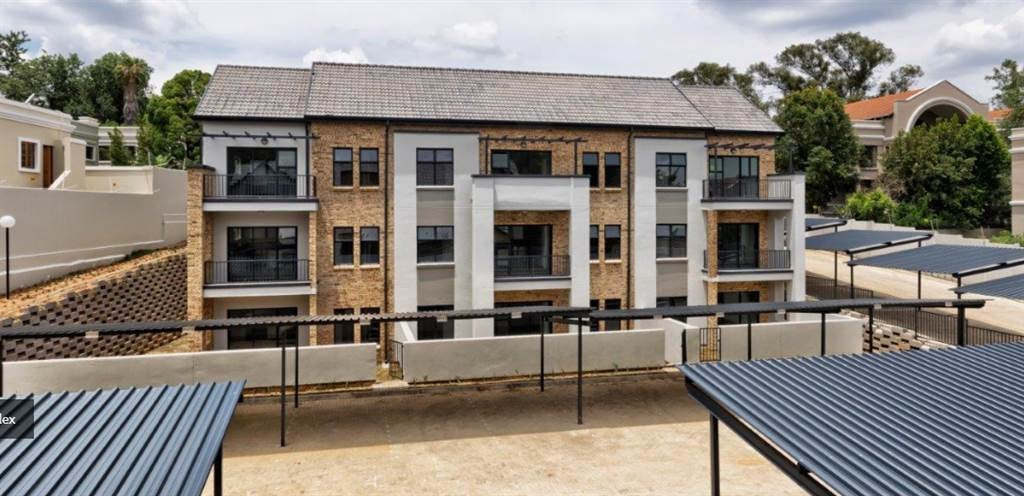 2 Bedroom Apartment / Flat For Sale in Hyde Park