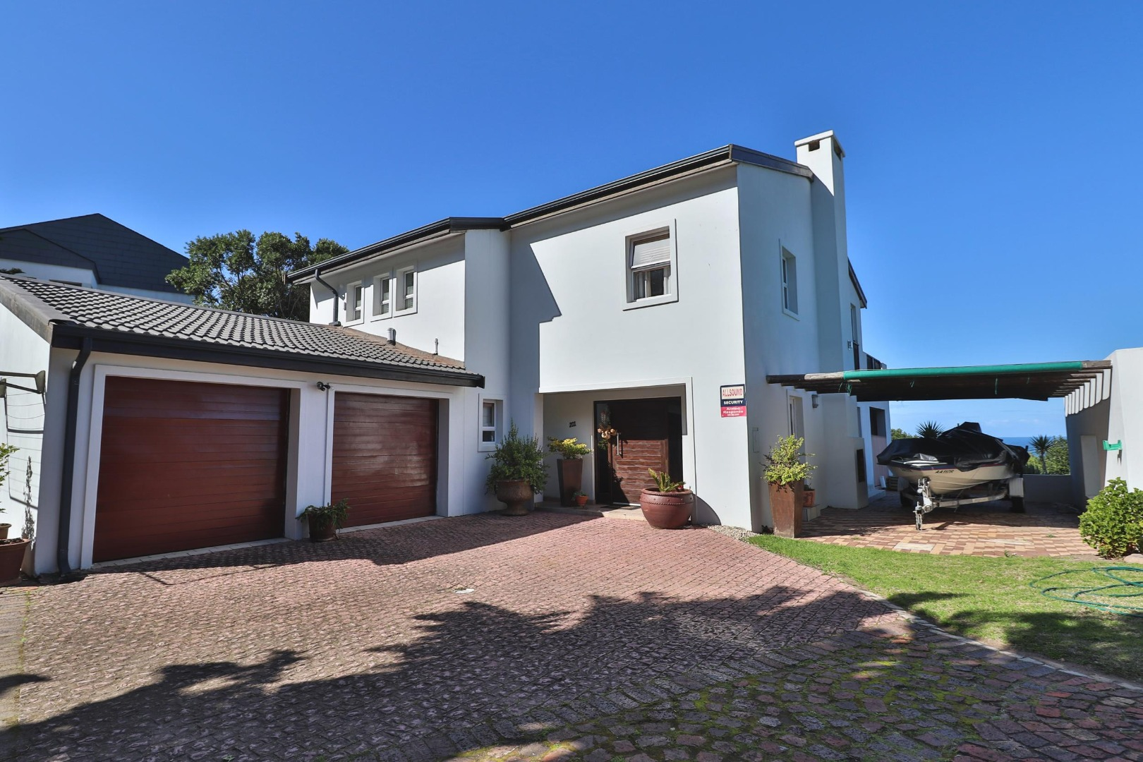 3 Bedroom House For Sale in Brenton On Sea