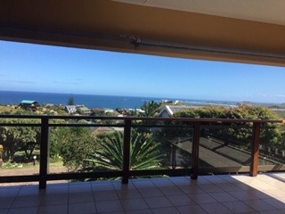 4 Bedroom House To Rent in Brenton On Sea
