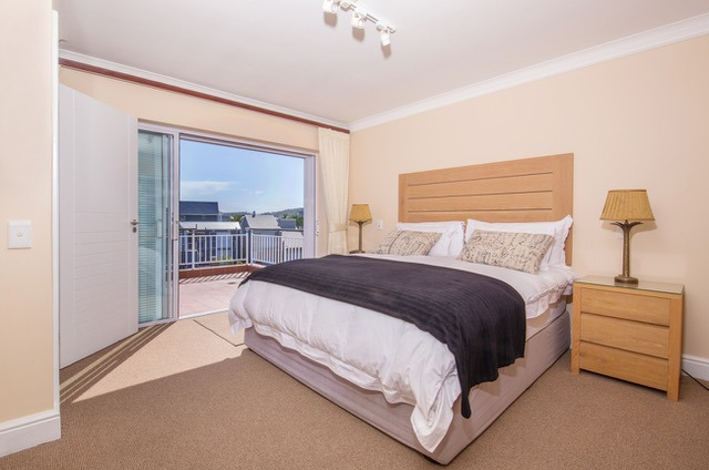 3 Bedroom House For Sale in Knysna Quays