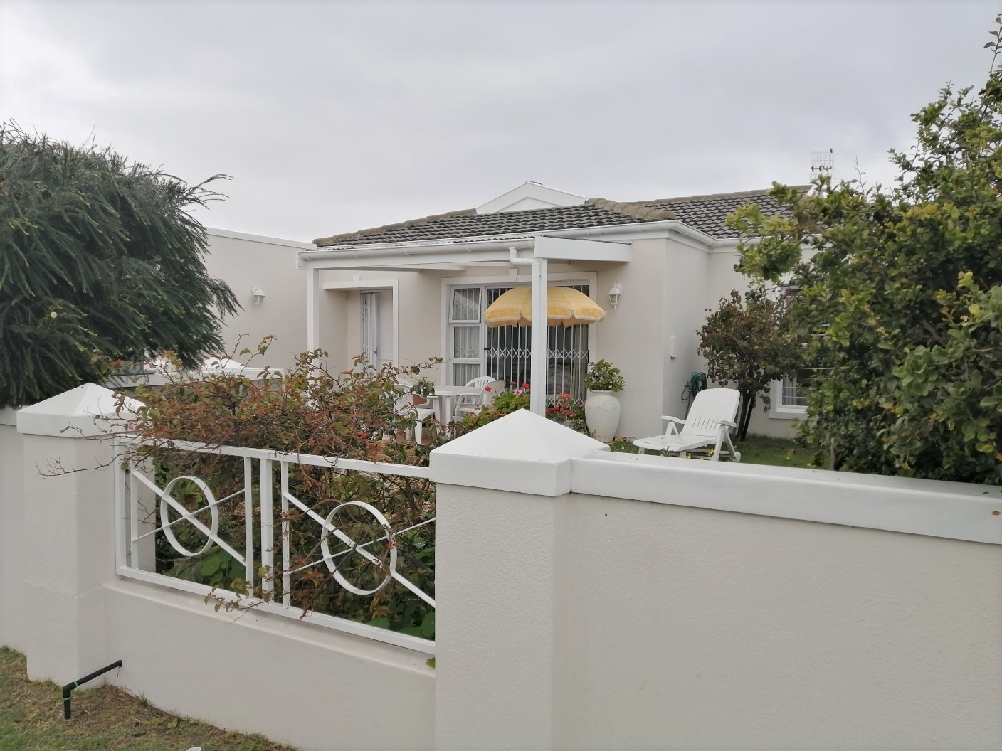 2 Bedroom House For Sale in Sunningdale