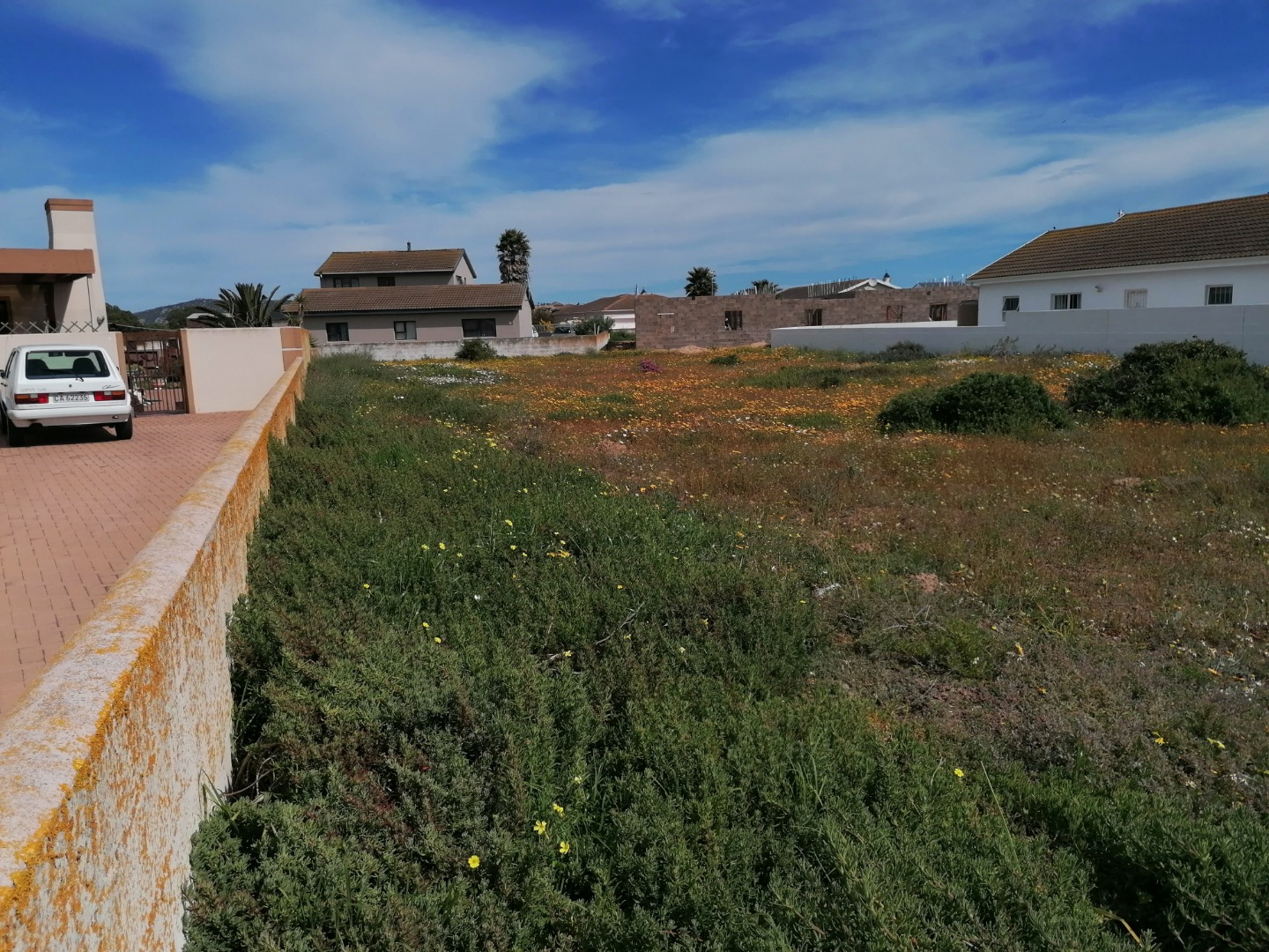 Vacant Land / Plot in Country Club For Sale